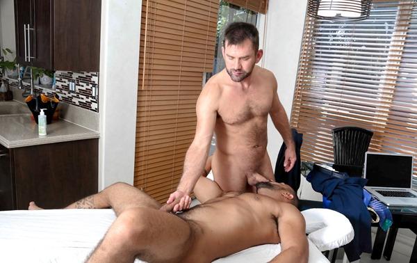 men-over-30-jake-jennings-and-tony-orion-massage-fuck